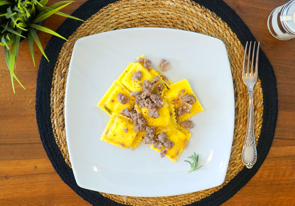 gourmet_ricette_formaggiopere_salsiccia
